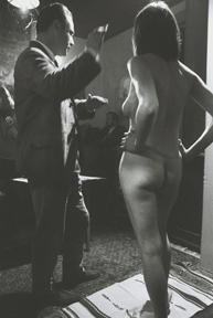 John B. Murray composing a shot of life class model Mishka Buhler, at Geoff Goldie's painting class, for The Naked Bunyip
