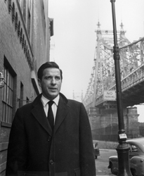 John Cassavetes as Johnny Staccato