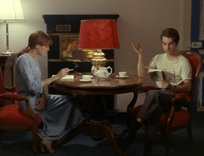 Anne Wiazemsky and Jean-Pierre Léaud in the Bourseillers' apartment in La Chinoise