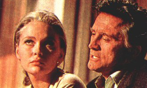 Faye Dunaway and Kirk Douglas in The Arrangement