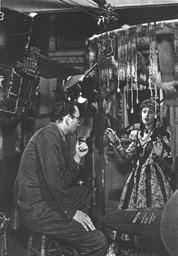 Rouben Mamoulian directing Dorothy Lamour