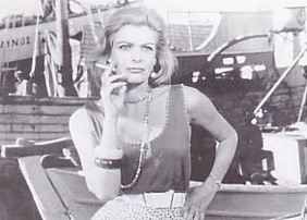 Melina Mercouri in Never On Sunday