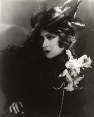 Gloria Swanson in Queen Kelly