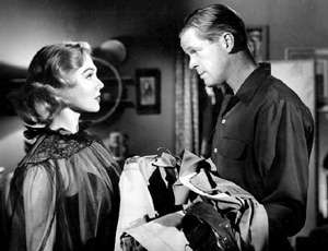 Frennessey (Marian Carr) and her obsessed lover Mike Callahan (Dan Duryea) in World For Ransom