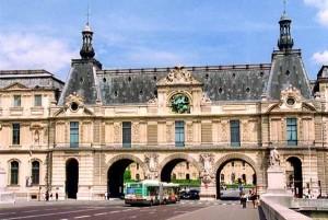 Still from Straub-Huillet film, <em>Une Visite au Louvre</em> (2004)