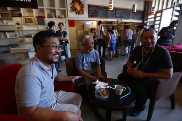 Artistic director Wang Hongwei, Li Xianting and technology director Diao Zhong at the opening of BIFF