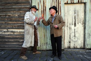 Flaus in Waiting for Godot