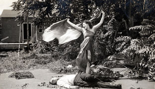 """Alice Eis and Bert French performing their famous """"Vampire Dance"""" in The Vampire"""