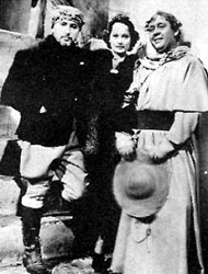 Josef von Sternberg, Merle Oberon and Charles Laughton on the set of I, Claudius